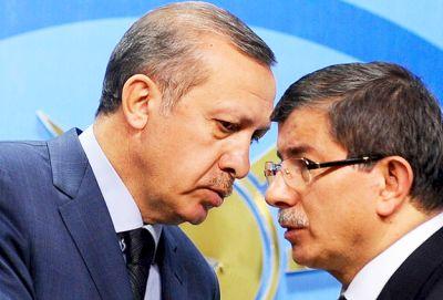 AKP'de Davutoğlu İçin Kesin İhraç Talebi