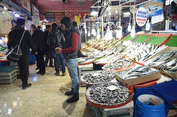 Balık Pazarı'nda Hamsi Bereketi