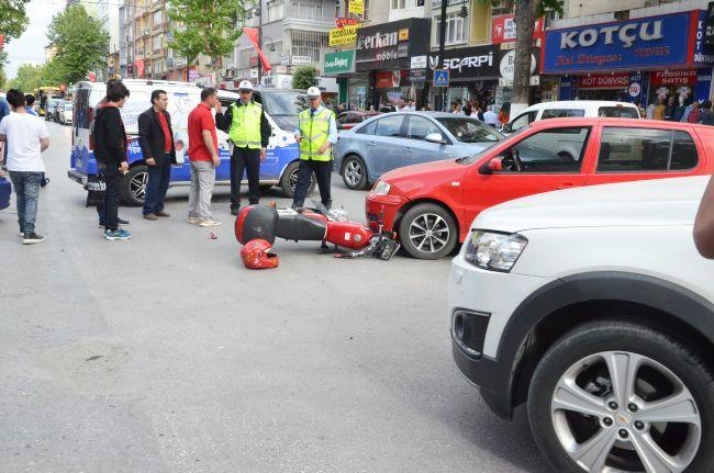 MALATYA'DA MOTOSİKLET İLE OTOMOBİL ÇARPIŞTI: 1 YARALI (BARIŞ TÜREL/MALATYA-İHA)