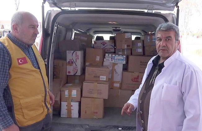 Suriyeli Mültecilere İlaç Yardımı