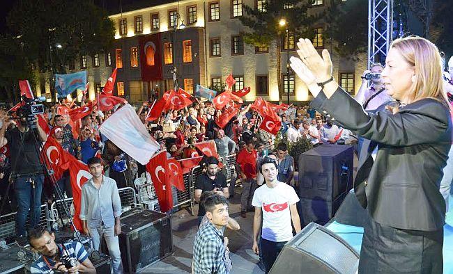 """""""Milletin ve Türkiye Cumhuriyeti'nin Zaferi Var"""""""