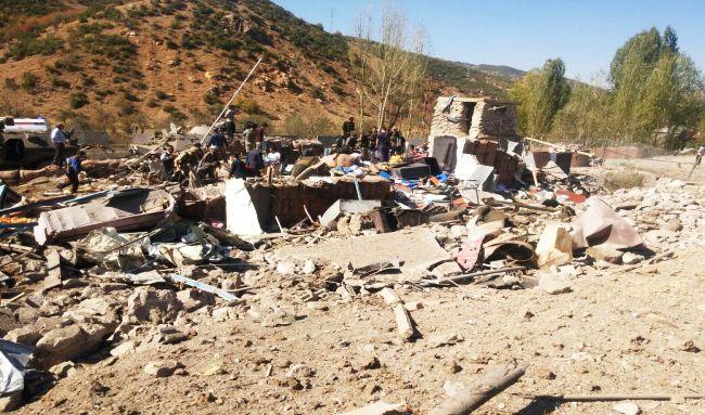 HAKKARİ'NİN ŞEMDİNLİ İLÇESİNDEKİ DURAK KARAKOLUNUN BULUNDUĞU BÖLGEYE PKK'LI TERÖRİSTLERCE BOMBA YÜKLÜ ARAÇLA DÜZENLENEN SALDIRIDA 9 ASKER ŞEHİT OLURKEN, 8 SİVİL DE HAYATINI KAYBETTİ. (İHA/HAKKARİ-İHA)