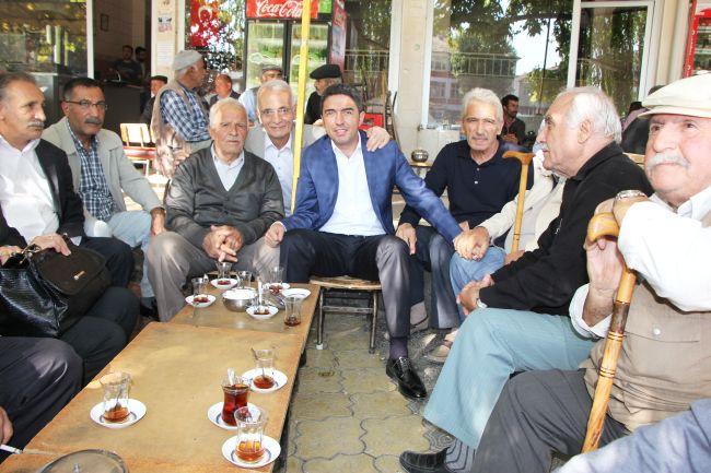 CHP İL BAŞKANI KİRAZ PARTİ EMEKTARLARINI ZİYARET ETTİ (ERDAL AKBUĞA/MALATYA-İHA)