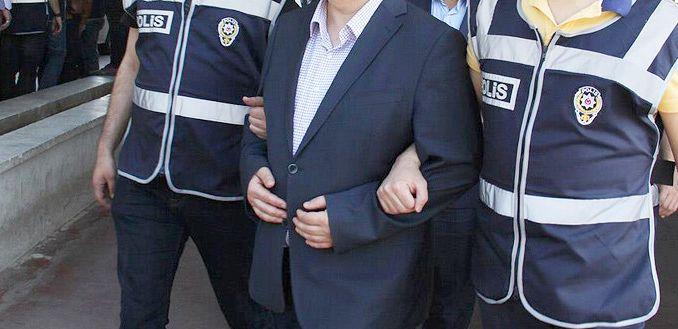 FETÖ Operasyonu : 4'ü Doktor  13 gözaltı