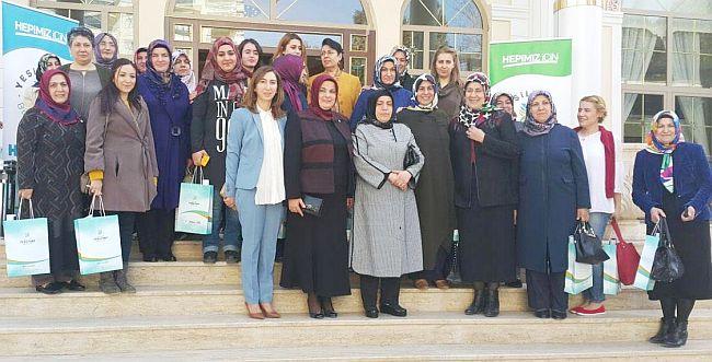 """""""Kadınlar Olarak El Ele Güçlü Türkiye İçin Çalışmalıyız"""""""