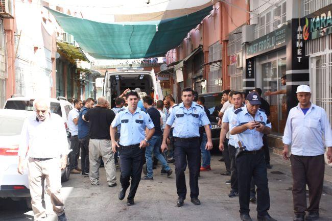 Şire Pazarı'nda Silahlı Kavga.. 2 Yaralı