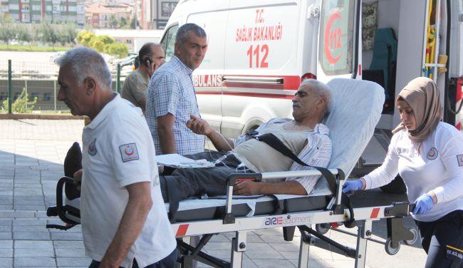 Ambulanslar 'Acemi Kasap' Taşıdı