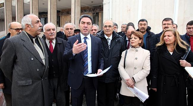 CHP'de Yeni Yönetim Mazbata Aldı