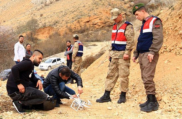 Kayıp Genci Bulmak İçin 'Drone' Kullanılıyor