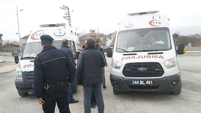 'Acil' Hastayı Polis Götürdü, Ambulanslar Sonra Geldi!