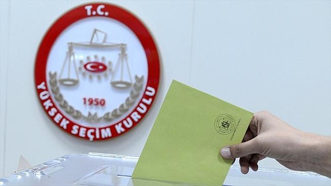 Adaylar Seçim Takvimini Bekliyor