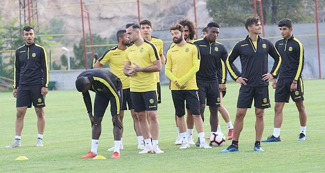 E.Yeni Malatya Beşiktaş'a Bileniyor