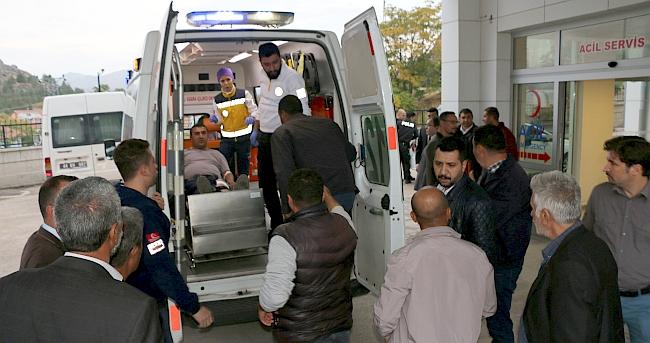 Büyükşehir'in İş Makinesine Ateş Açıldı, 2 Yaralı