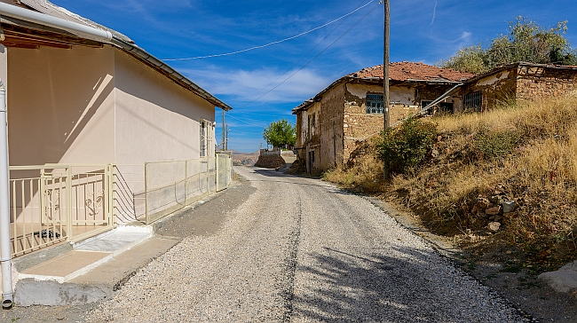 3 Köyün Grup Yolu Asfaltlandı