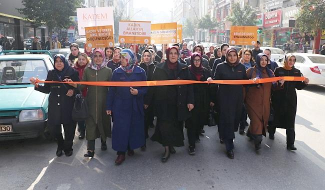 """""""Kadına Şiddete Karşı Turuncu Çizgimizi Çekelim"""""""