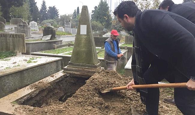 Malatyalı Fahri'nin Kızı Babasının Mezarına Defnedildi
