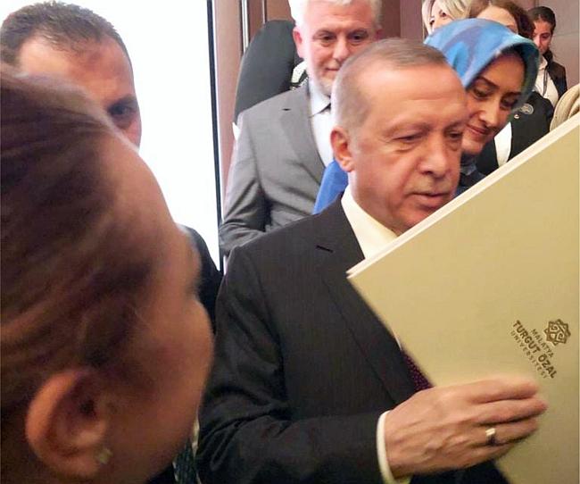Rektör Karabulut Proje Dosyasını Cumhurbaşkanına Sundu