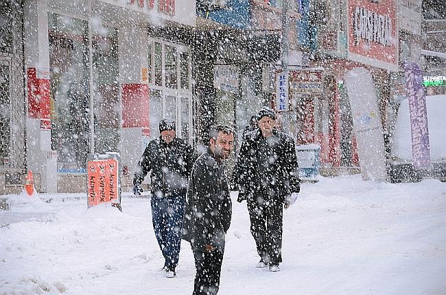 Darende'de Kar Yağışı Etkili Oldu