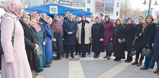 AKP'li Kadınlardan Yerli Malı Haftası Etkinliği