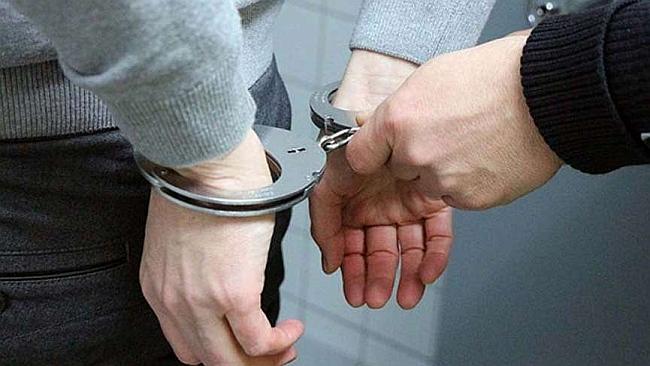 FETÖ'den Ceza Alan Prof. Yurt Dışına Kaçarken Yakalandı