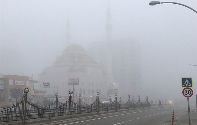 Malatya'da Yoğun Sis Etkili Oldu