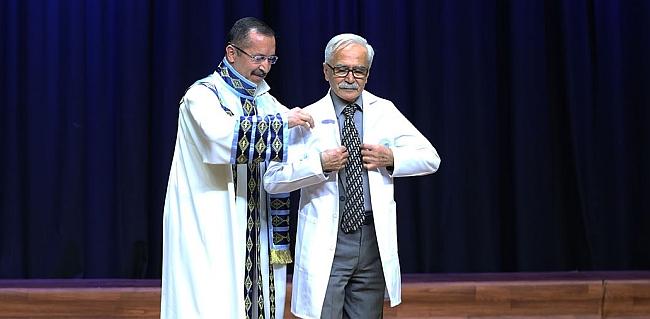 75 Yaşında Tıp Öğrencisi Oldu
