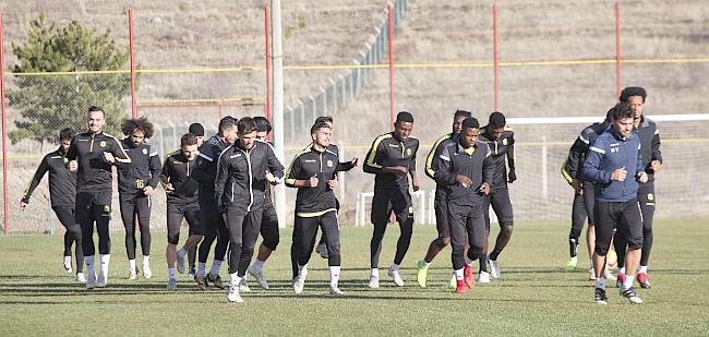 Adem Antalya Maçında Oynayabilecek