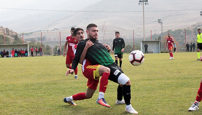 U21'de EYMS, Akhisar'ı Son Dakikada Geçti