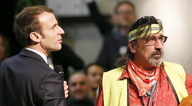 """Macron: """"Ben de Bir Sarı Yelekliyim!."""""""