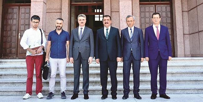 Organizatör Çekildi, 'Mecbur' Festival Olmayacak..
