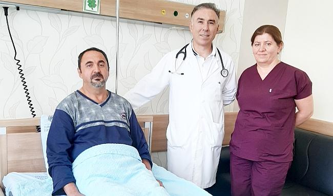 Kalbindeki İki Delik Ameliyatsız Kapatıldı