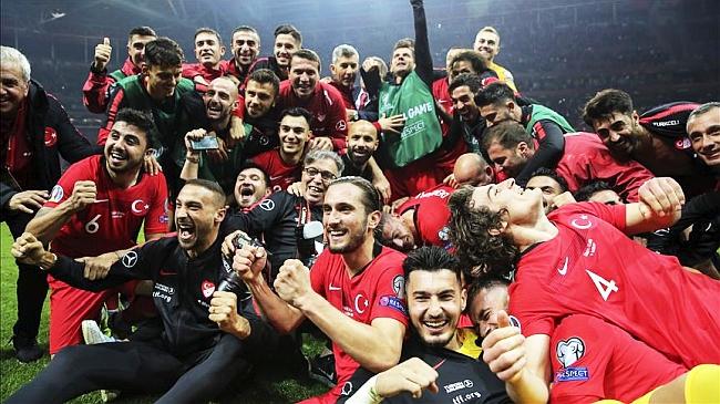 Türkiye EURO 2020'ye Katılmayı Garantiledi