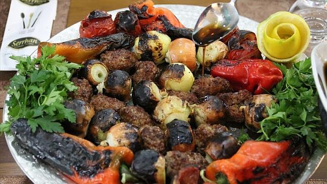 Ş.Urfa'nın Tescilli Soğan Kebabı