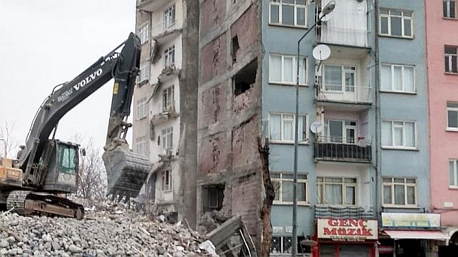 deprem talihasarkapak