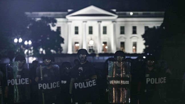 'Protestolar Sırasında Trump Sığınağa Götürüldü' İddiası