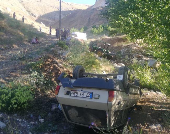 Traktörün Altında Kalan Sürücüsü Öldü