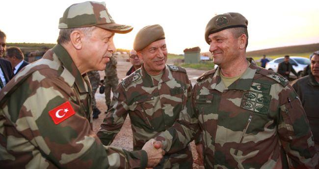 Orgeneral Temel ve Korgeneral Aksakallı Emekli Edildi