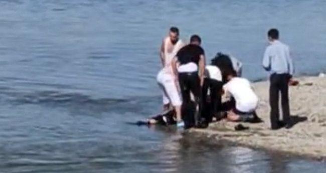 Feribot Kaptanı Boğulmakta Olan Şahsı Kurtardı