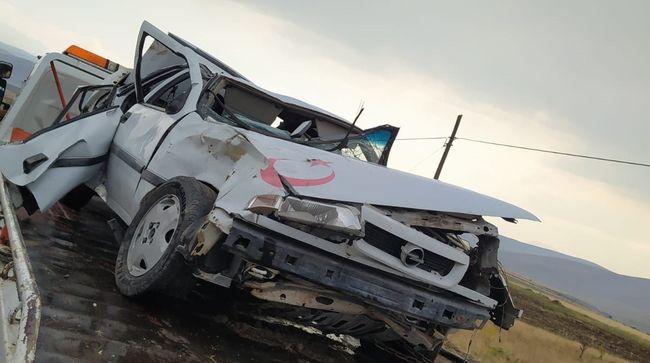 İki Kardeş Kazada Yaralandı