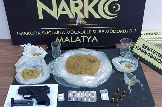 Uyuşturucudan 2 Şüpheliye Tutuklama