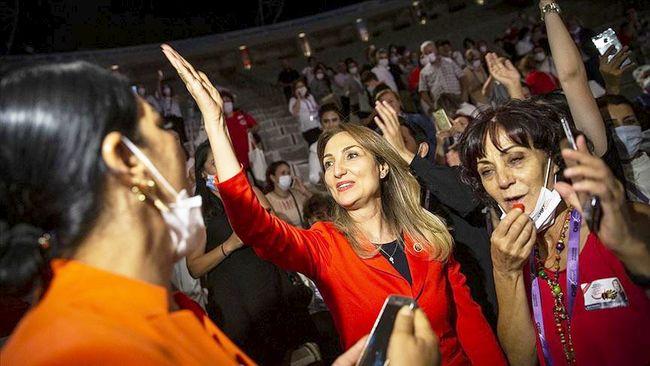 CHP Kadın Kolları Genel Başkanı