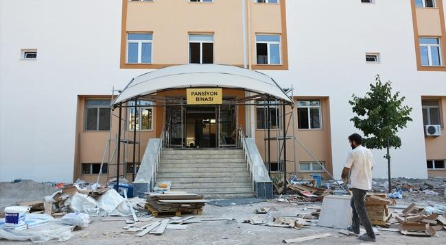 31 Okul ve 4 Bina Depreme Karşı Güçlendiriliyor