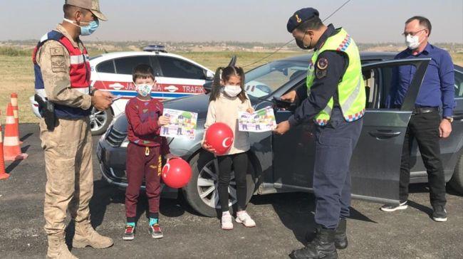 Çocuklara Jandarma Sürprizi