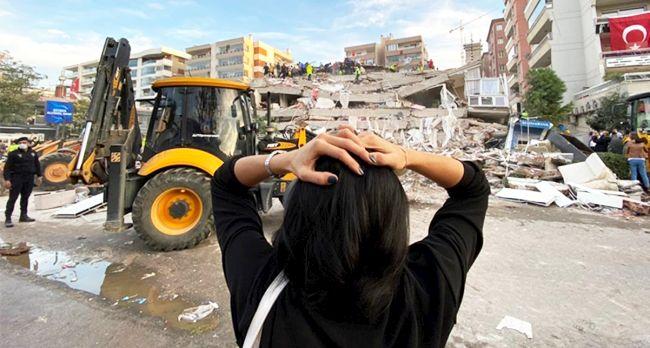 İzmir Depremzedeleri İçin Malatya'da Kampanya