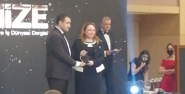MTÜ Rektörü Karabulut'a Ödül