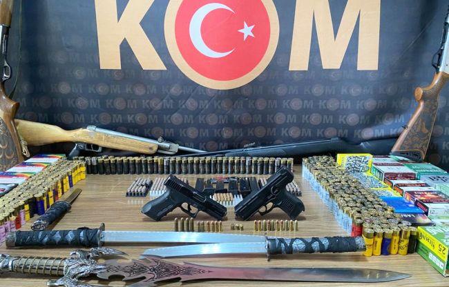 Silah Satıcısı 6 Silahla Yakalandı