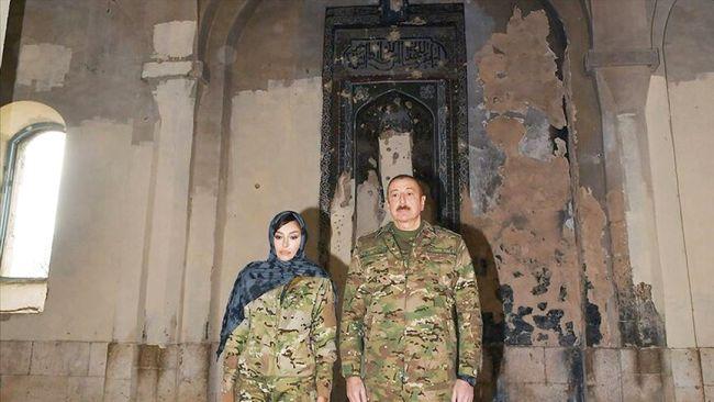 Aliyev'den İşgalden Kurtarılan Şehre Ziyaret