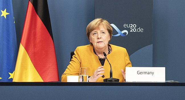 Merkel'den Koronayı Yenmek İçin Küresel Eylem Çağrısı