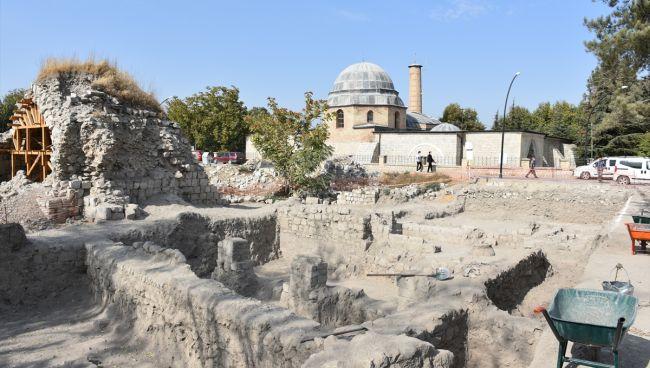 Şahabiyye-i Kübra Kazısı Buluntuları