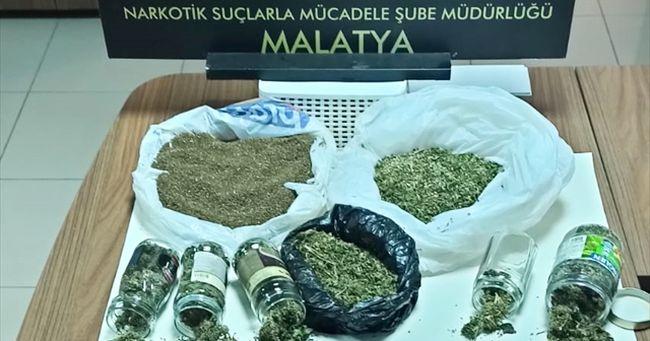 Narkotik 'Torbacı' Operasyonlarını Sürdürdü